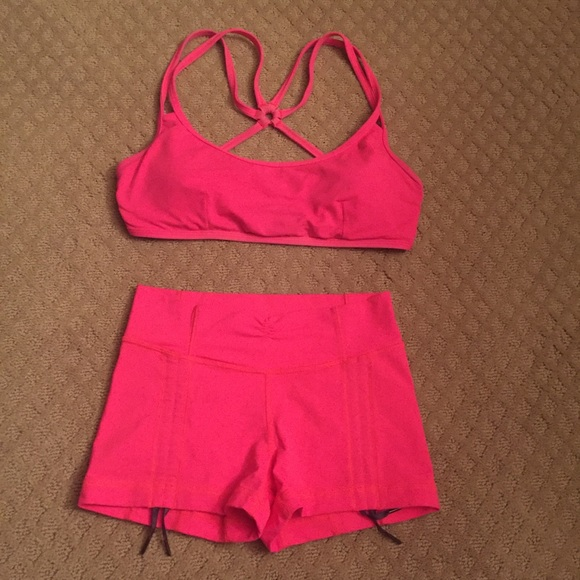 f684edeb92 lululemon athletica Other - Lululemon matching top and bottom